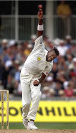 Curtly Bowling